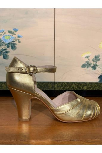 Amber Pumps Gold