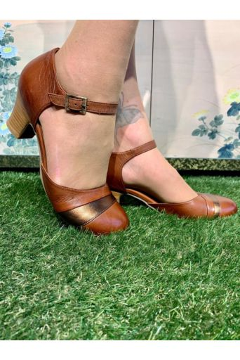 Feast Pumps in Brandy