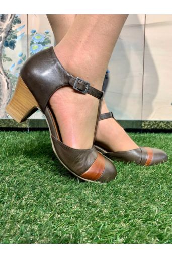 Flare Pumps Olive Brandy